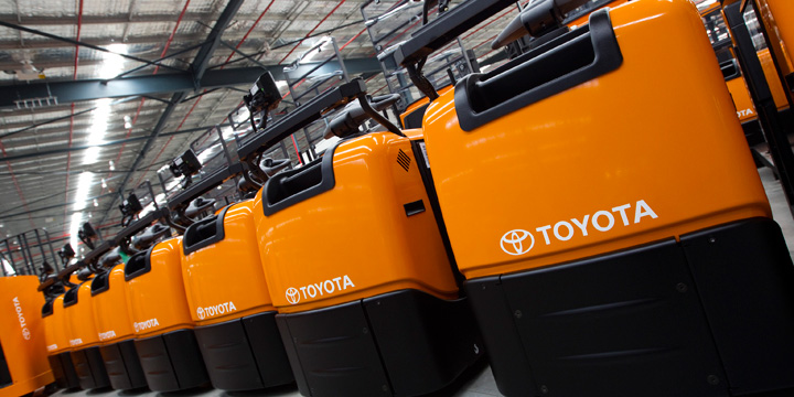 Toyota Reachtruck Going Lithium